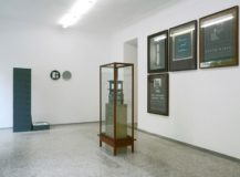 Reinhard Mucha, Mucha Zuhause, installation view VAN HORN, Düsseldorf 2009, Photo(c)Jan Albers